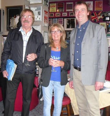 The author with Howie and Sheila Casey, 2011