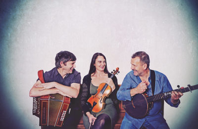 Martin Simpson (right) with Andy Cutting and Nancy Kerr